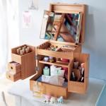 寝室:化粧箱・アクセサリー収納